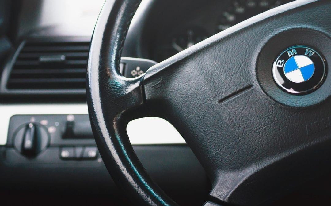 What Does It Mean When Your Steering Wheel Shakes When You Are Driving?